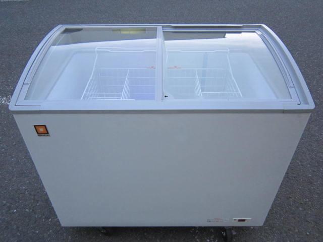 RIS 188 神奈川 にて 厨房機器  レマコム 冷凍ショーケース RIS 188 を買取 いたしました。