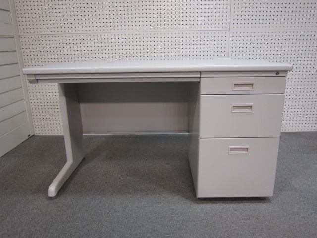 katasode 10月3日神奈川 にて オフィス家具 3点 を 買取 いたしました