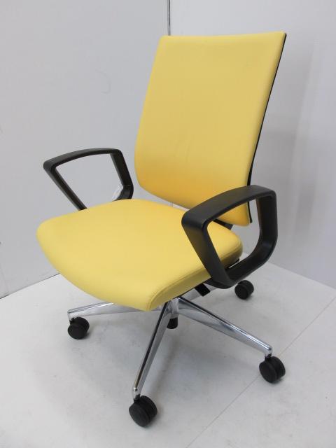 HP CRA1822 横浜にて、オフィス家具 コクヨ  医療用ウィザード2チェア HP CRA1822 レモンイエローを買取いたしました。