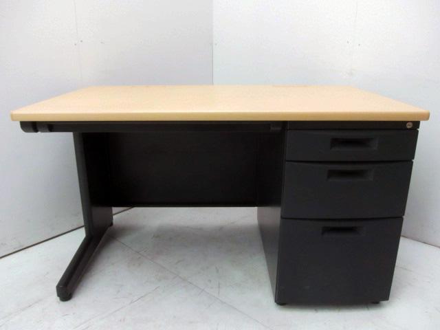 CZX 127CA TK94 東京にて、オフィス家具  イトーキ 片袖デスク CZX 127CA TK94を買取致しました。