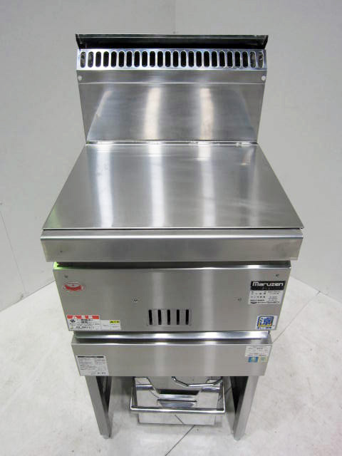 MGF CM13J 東京にて、厨房機器 マルゼン業務用ガスフライヤーMGF CM13Jを買取いたしました。
